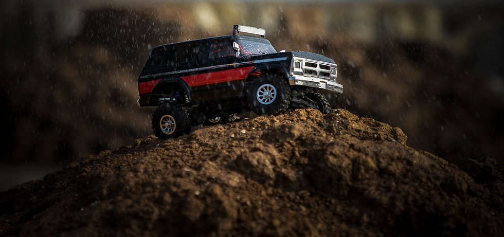 Tetra X2 1/18 Scale Crawler RTR 4WD Off-road Vehicle, Black/Red