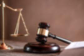 juez-mazo-abogados-justicia-documentos-o