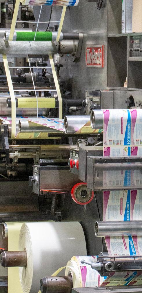 Máquina de impresión de adhesivos