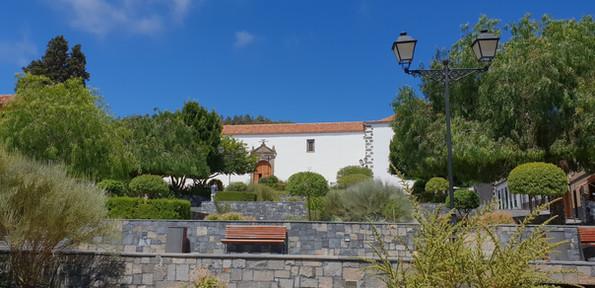 Iglesia de Pedro í Vilalfor