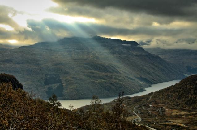Sonne über dem Røldalsfjellet