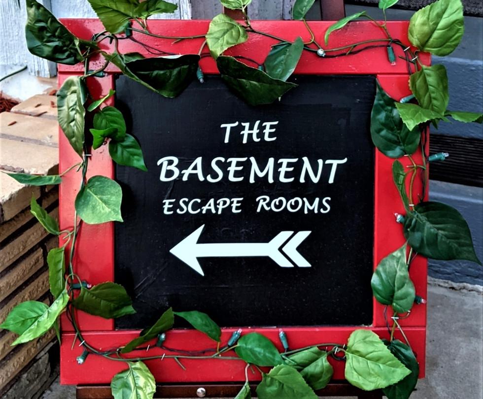 basement this way sign.jpg