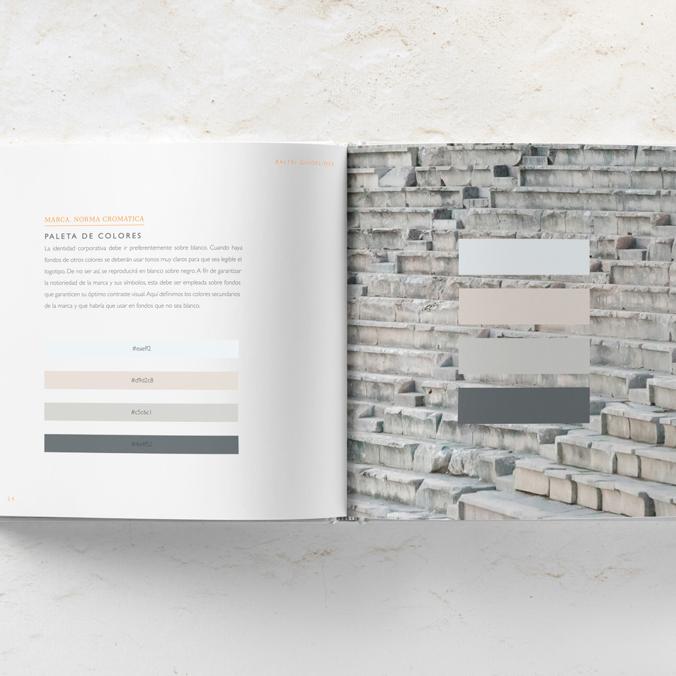 Mockup_libro_cuadrado_interior1.3.jpg