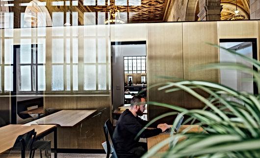 furniture-1839436_1920.jpg