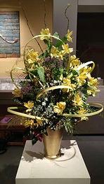 Michelle Cappellini flower arrangement 2.jpeg