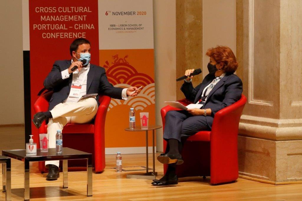 Engº Alberto Carvalho Neto e Profª Ferna