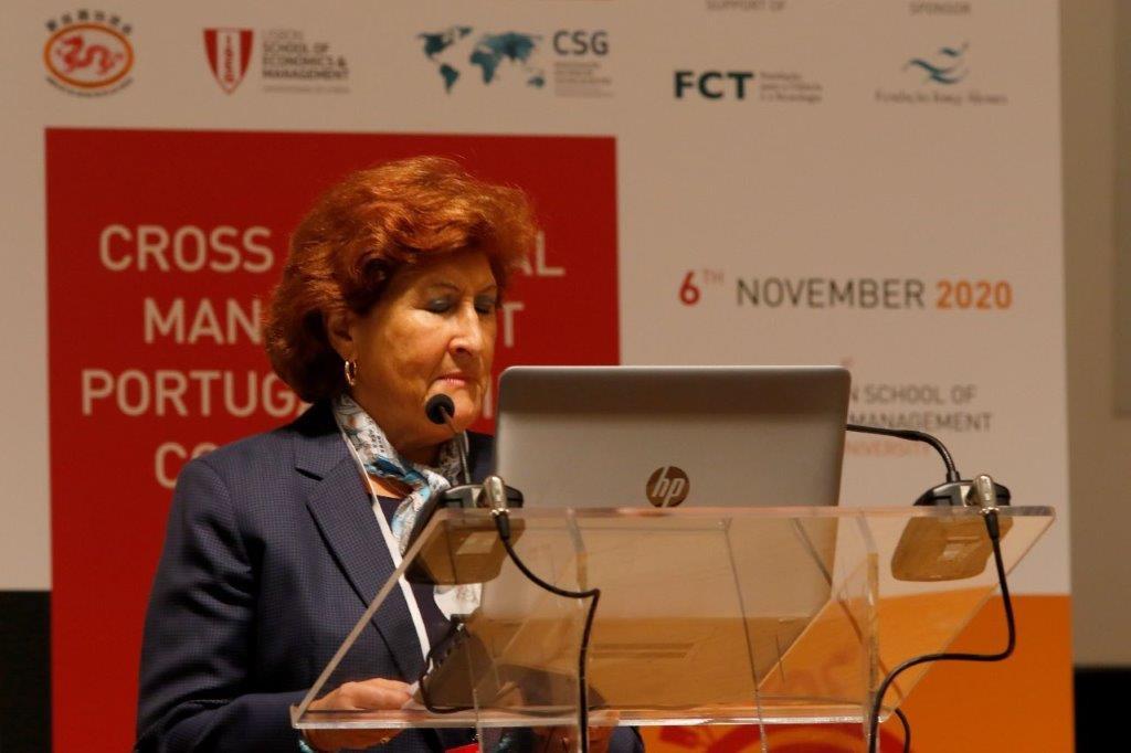 Profª Fermanda Ilhèu 2.jpg