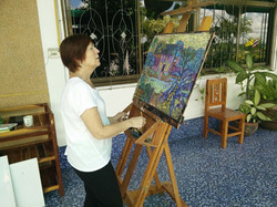 Artist Susan enjoying a painting holiday in Thailand  000