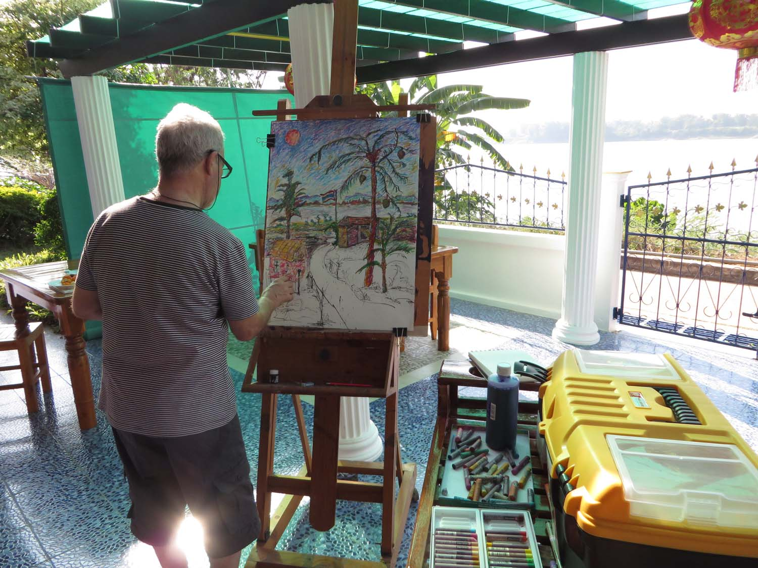 Artist Lawrence enjoying a painting holiday in Thailand  017
