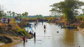 Fishing in NE Thailand.jpg