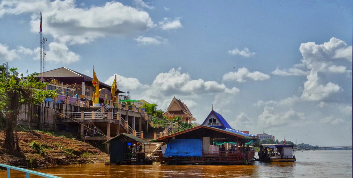 Floating restaurants Mekong