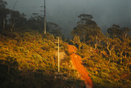 The nowhere track - a red earth track le