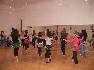 Aïda danse danseuse orientale cours stage spectacle Arras Pas de Calais initiation perfectionnement compagnie événementiel