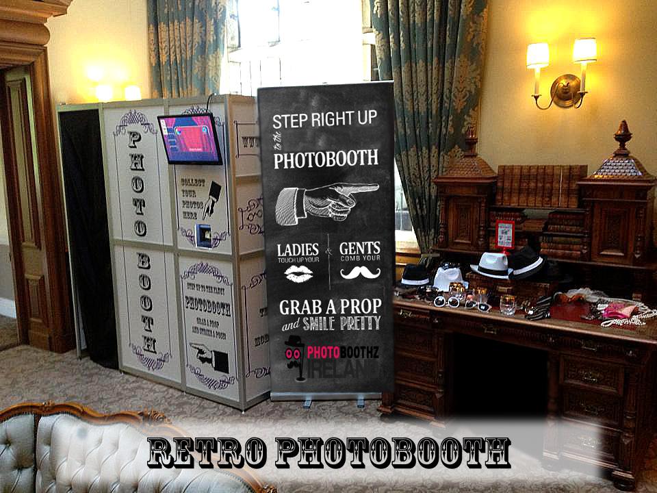 Retro Booth Carnival Font