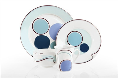 Pretty and practical dinnerware for the whole family.