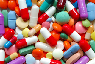What Your Doctor Really Means When They Tell You Not to Drink on Your Antibiotics