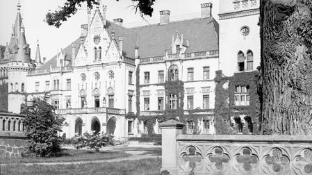 Schloss Koppitz Kreis Grottkau in Schlesien.jpg