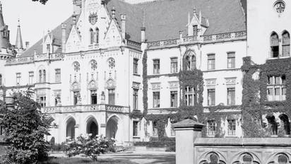 Pałac_w_Kopicach_około_roku_1930.jpg