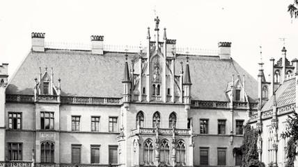 Fasada_strony_wschodniej_pałacu_w_Kopicach_powiększenie.jpg