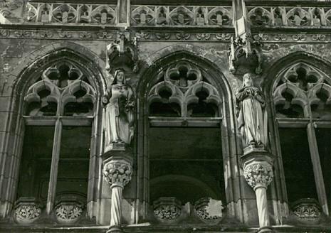 Nad tarasem od strony wschodniej pałacu