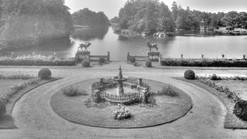 Przed_pałacem_w_Kopicach_około_roku_1920.jpg