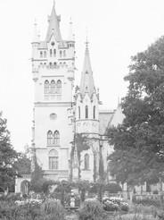 Pałac_w_Kopicach_ogrody.jpg