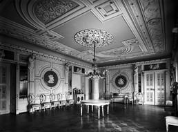 Pałac_w_Kopicach_i_sala_balowa.jpg