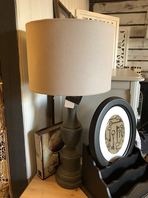 Farmhouse lamp