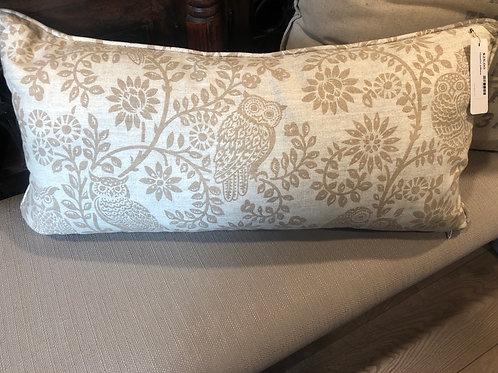 Owl lumbar pillow