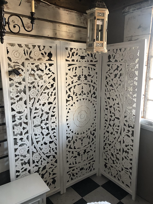 Farmhouse room divider