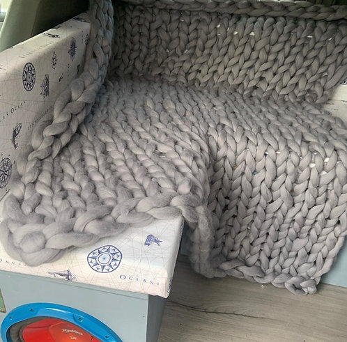 Make Your Own Valencia Sofa Blanket in knitting stitch