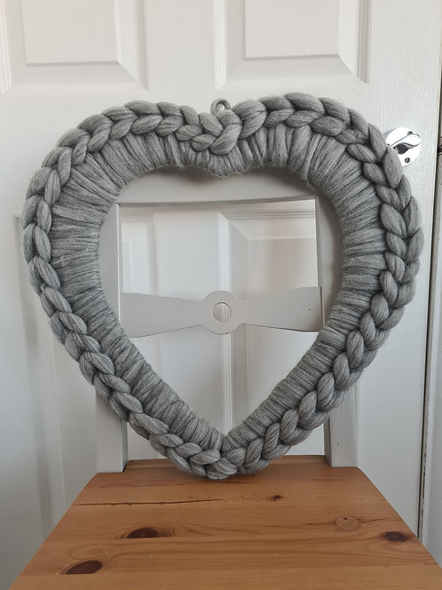 Heart Wreaths in Natural Grey