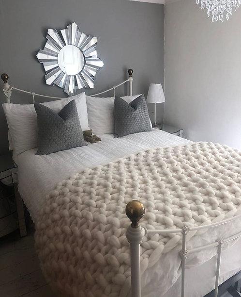 Lightning Valencia Sofa Blanket or Bed Blanket