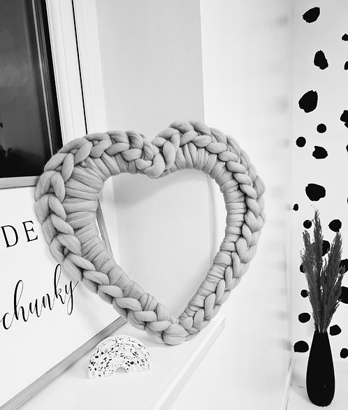 Large Heart Wreath in Pearl