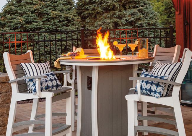 Driftwood Gray On White Firetable & Bayshore Chairs