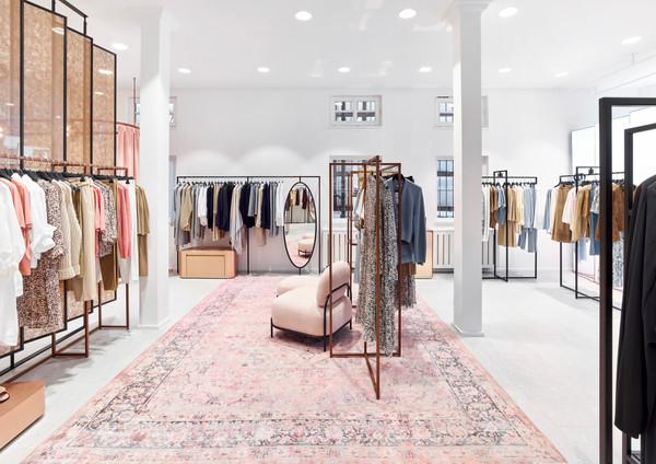 20210219_Riani_Store_Schorndorf_0038_41.