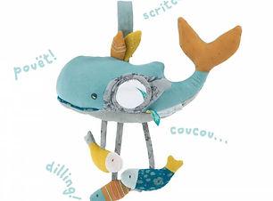baleine-d-activites-le-voyage-d-olga-mou