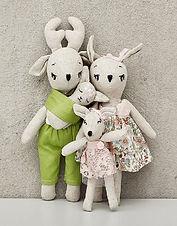 deer-family-1.jpg