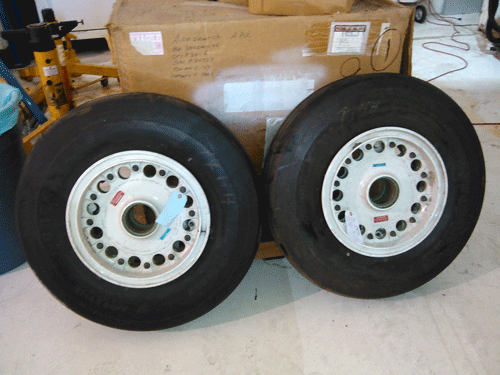 Gulfstream Wheel Assembly P/N 9561061-9