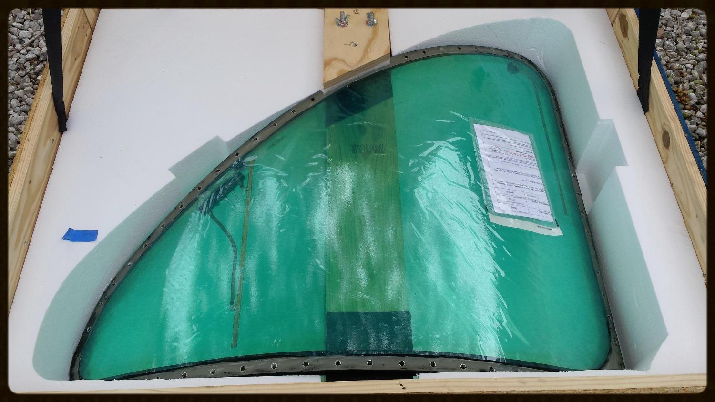 Beechjet L/H Windshield P/N 45AS31001-023