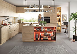 Schuller C Lima range in Norway maple featuring stainless steel gripledge