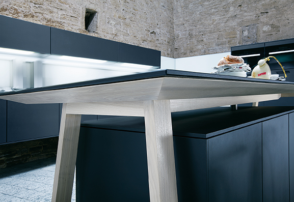Next 125 NX500 Lava Black Satin Featured  Cook Table