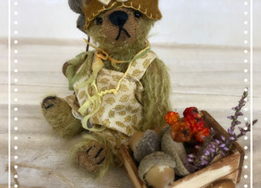 Hazel the foraging bear