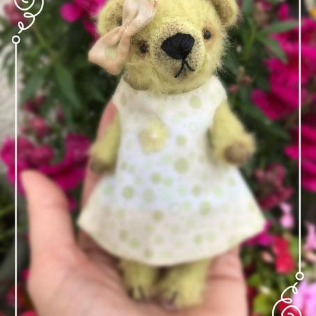 Olive GiveAway Bear...sneaky peek!