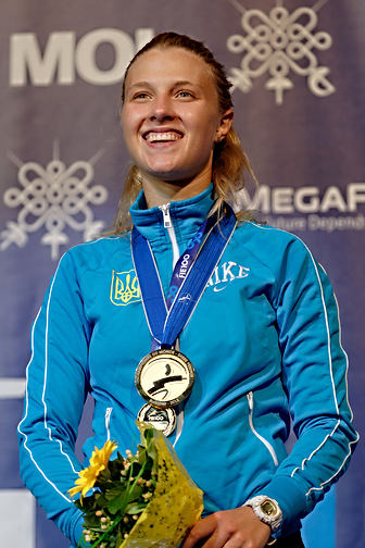 800px-Award_ceremony_2013_SFS-IN_Fencing