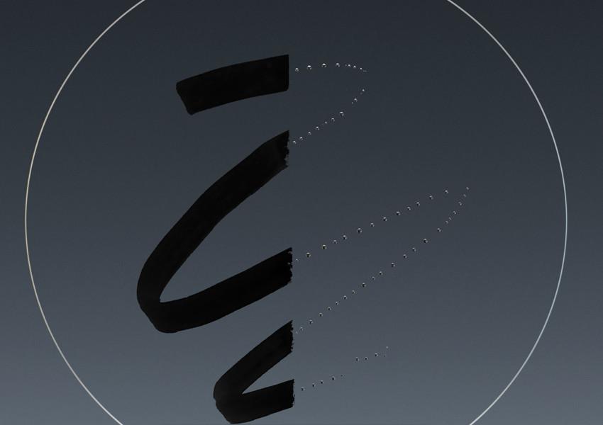 氟塗層設計,供用家輕易清潔前組鏡片