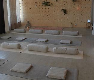föreläsning meditation_edited_edited.jpg