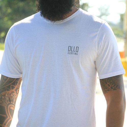 Camiseta Branca Logo Simples