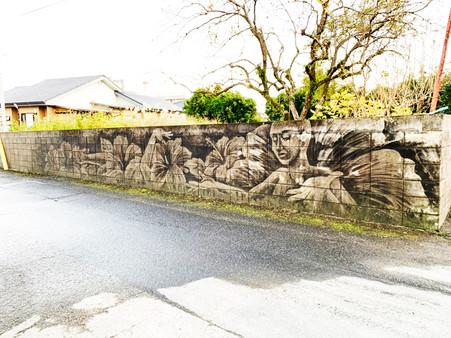 民家のブロック塀