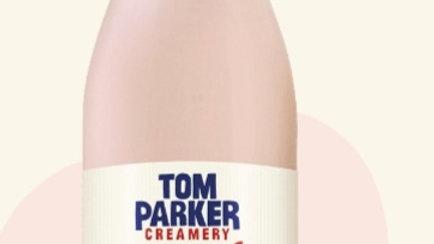 Tom Parker  Strawberries and cream milkshake 500ml